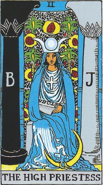 タロットカード 2. 女教皇
